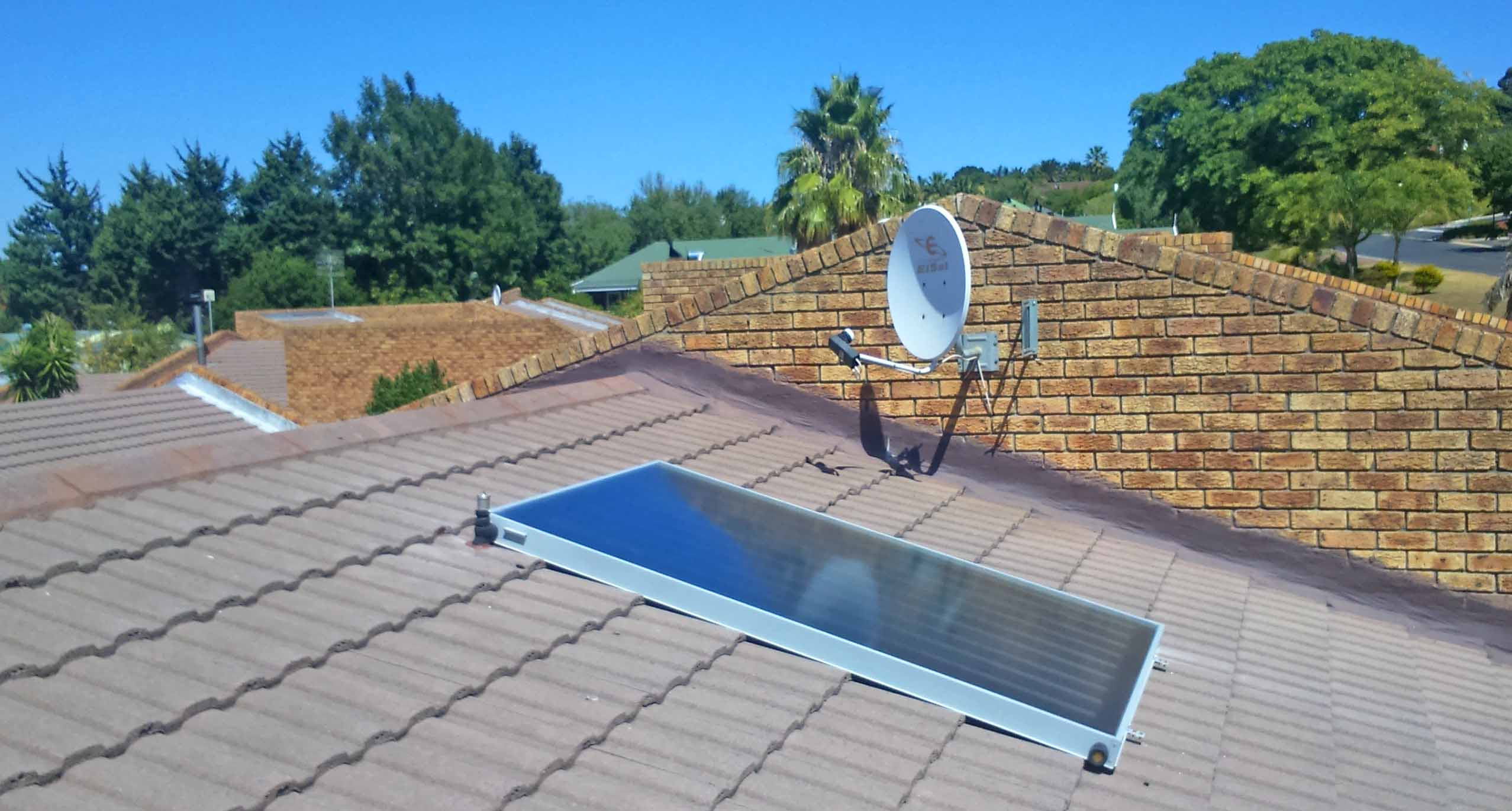 Retrofit electric geyser to solar